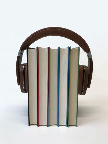 headphones © sindrehsoereide/pixabay